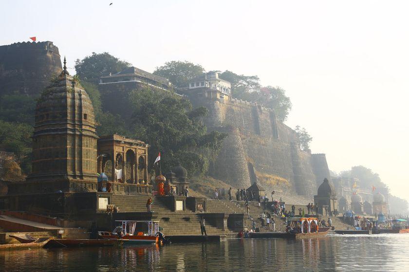 Maheshwar_fort